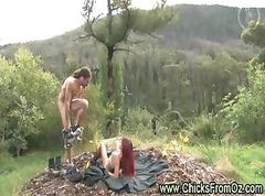 Amateur couple fuck outdoors in Australian bush