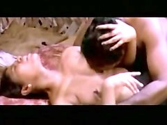 mallu aunty romance in hut