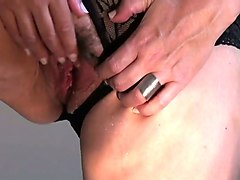 amateur mature whore in black lingerie was playing with her hairy cunt